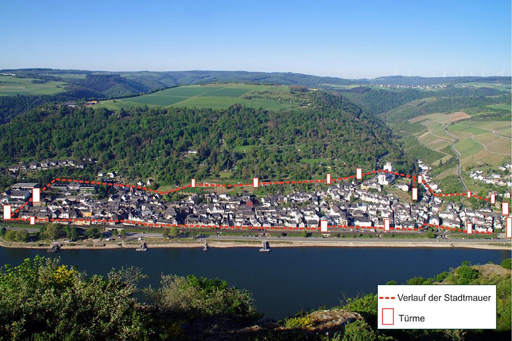 Stadt Oberwesel am Rhein. Mit seinen Mauern und Türmen aus dem Mittelalter