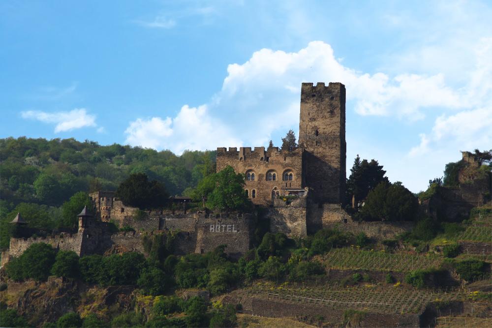 Die Burg Gutenfels bei Kaub am Rhein