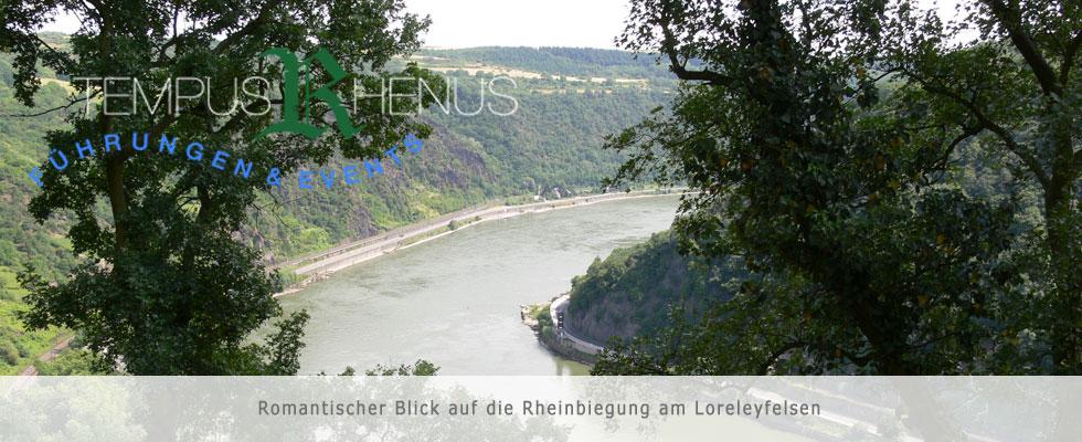Romantischer Blick auf die Rheinbiegung am Loreleyfelsen