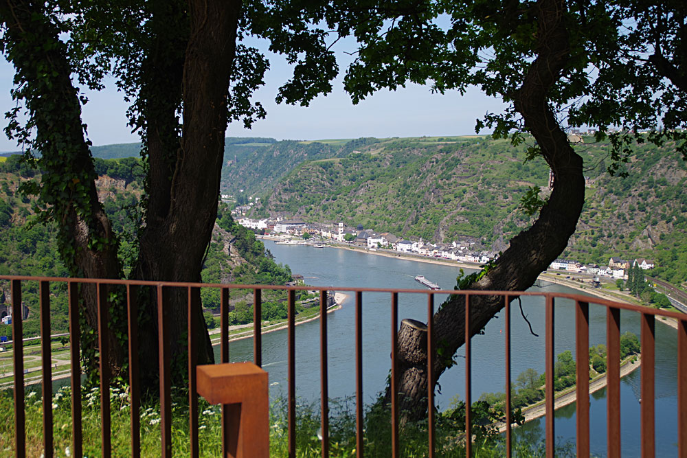 Loreley - Ausblick nach St.Goarshausen